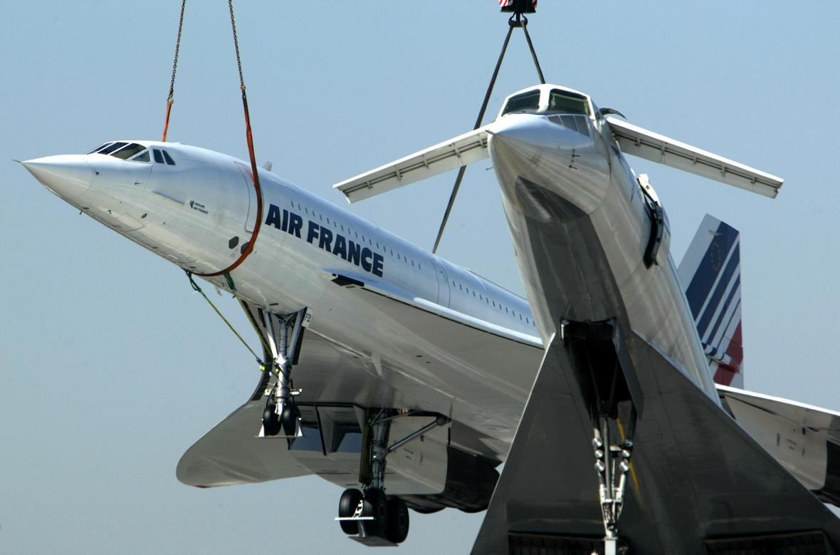 Concorde a Tu-144