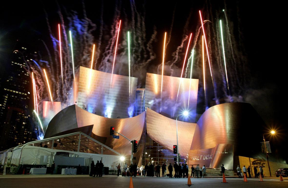 Slavnostní otevření koncertní haly v Los Angeles