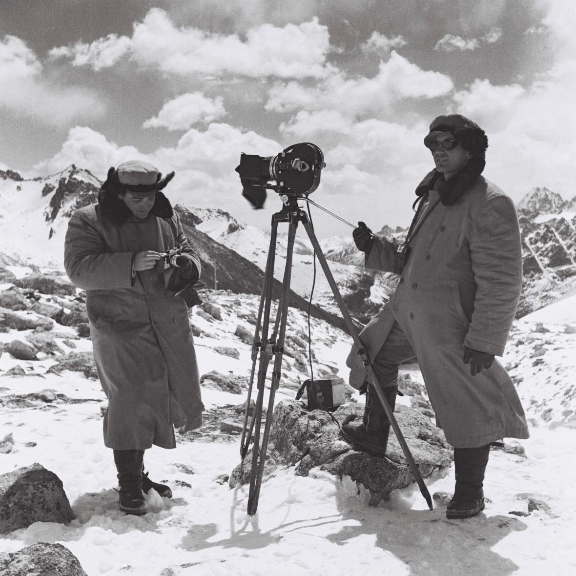 Vladimír Sís a Josef Vaniš při natáčení v Tibetu