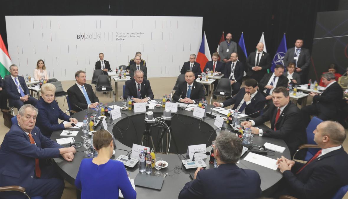 Jednání státníků na summitu v Košicích