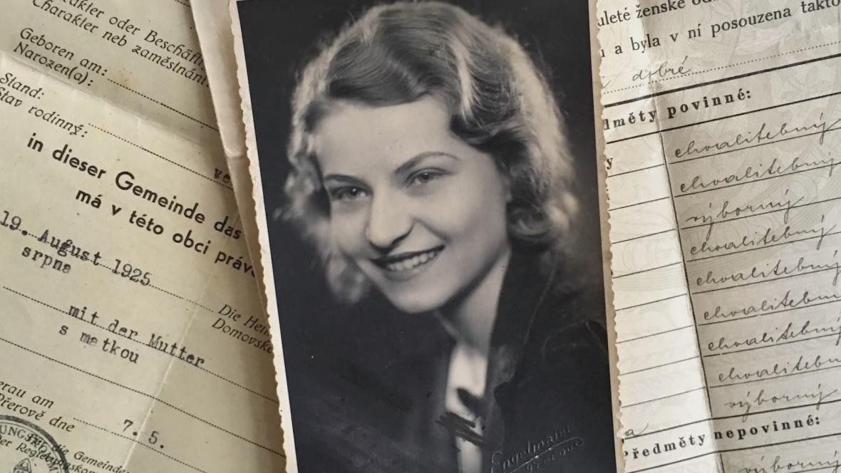 Hilda Zmrzlíková v roce 1944