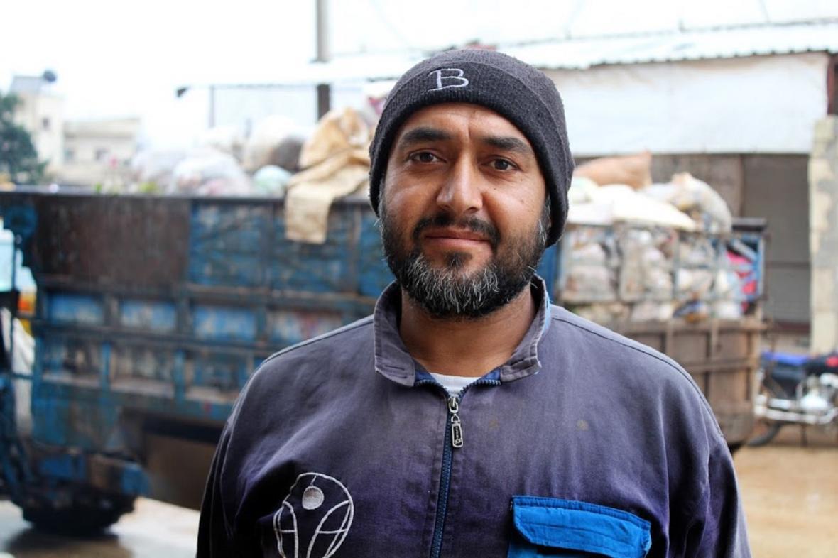 Ragheb, bývalý zaměstnanec továrny