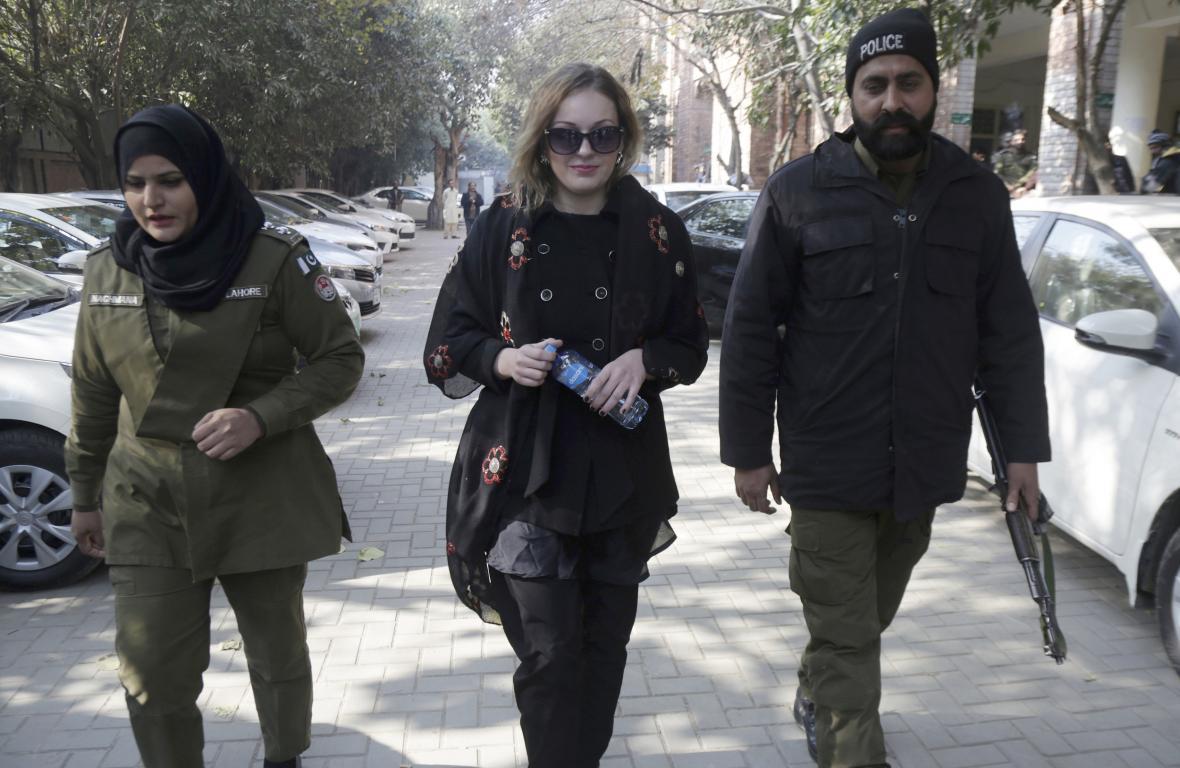 Češka Tereza H. míří před soud v Láhauru