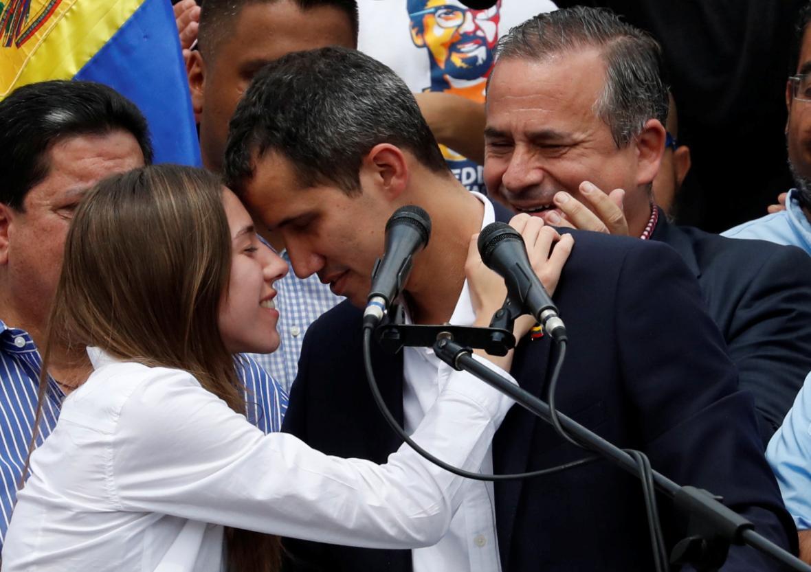 Fabiana Rosalesová s Juanem Guaidóem