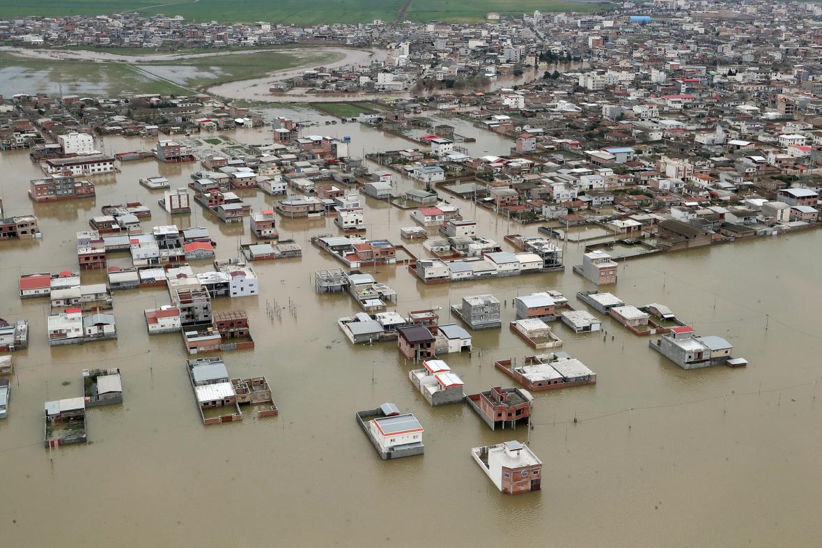 Povodně v íránské provincii Golestán