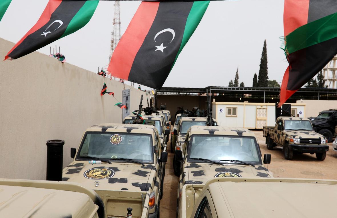 Vojenská vozidla zabavená jednotkám maršála Haftara