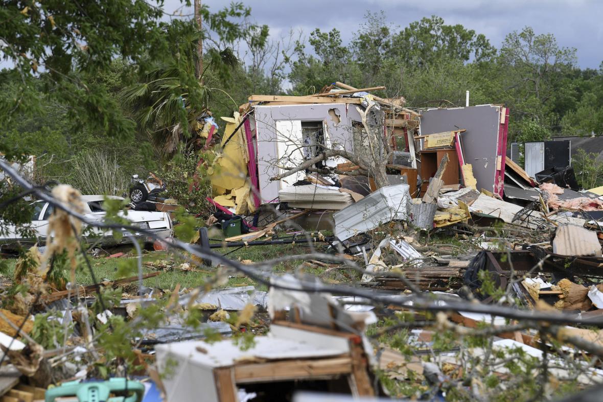 Následky prudké bouře v Texasu