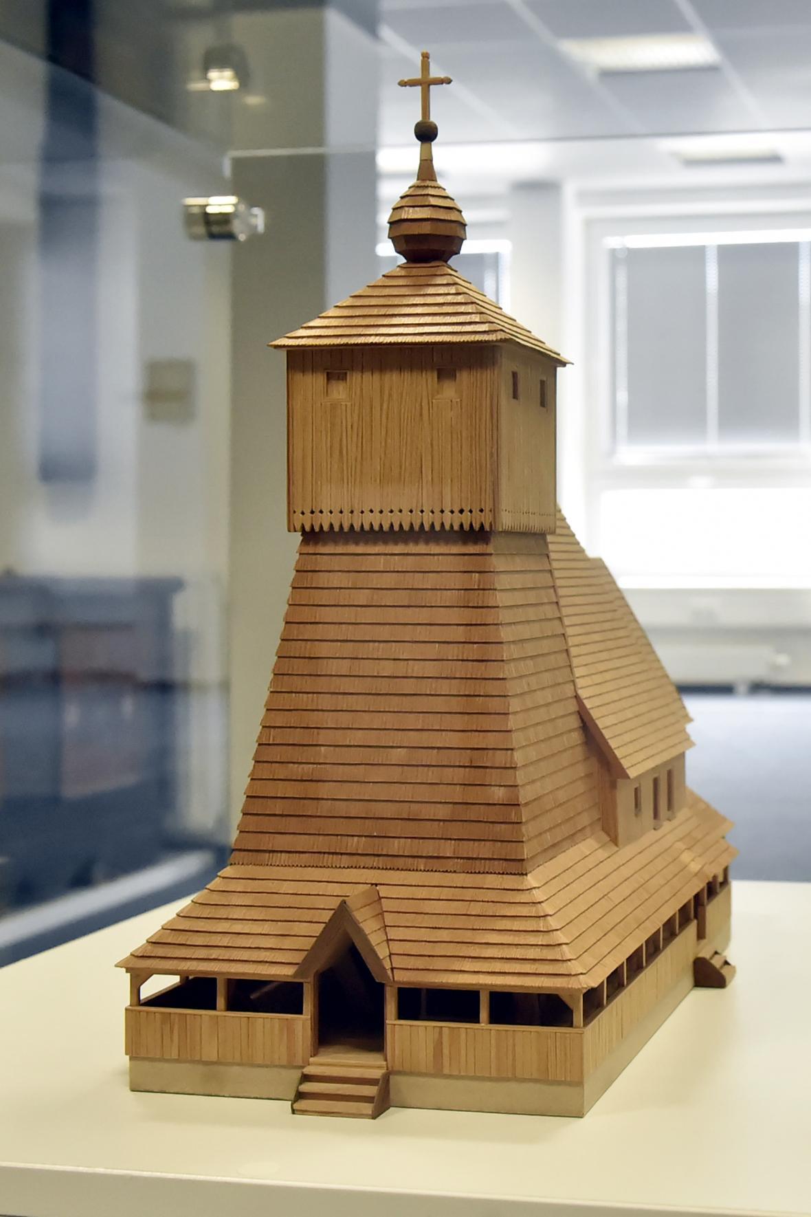 Maketa dřevěného kostela v Třinci-Gutech