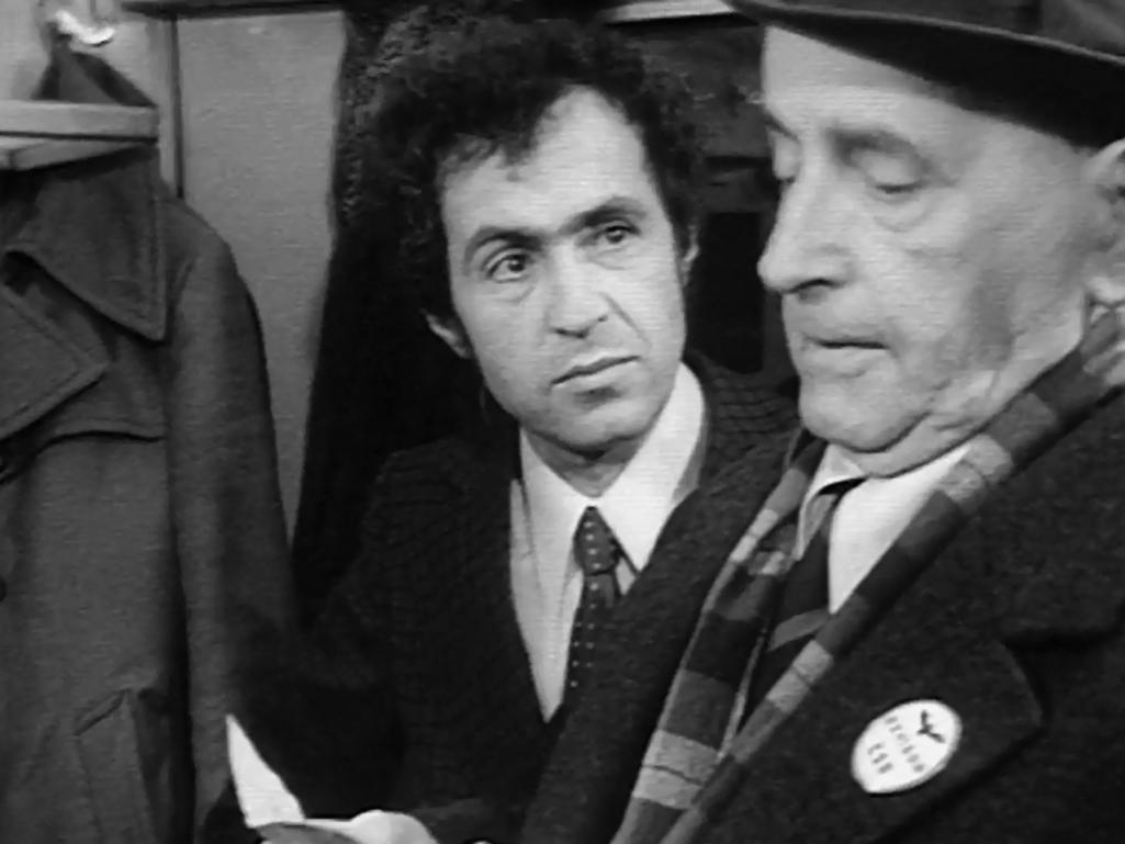 Povídka Revizoři z cyklu Bakaláři (1976)