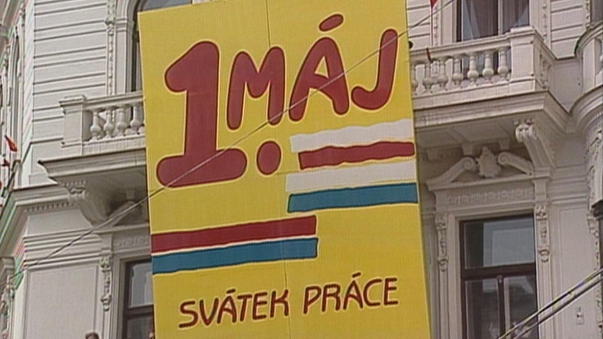 Prvomájový průvod 1989