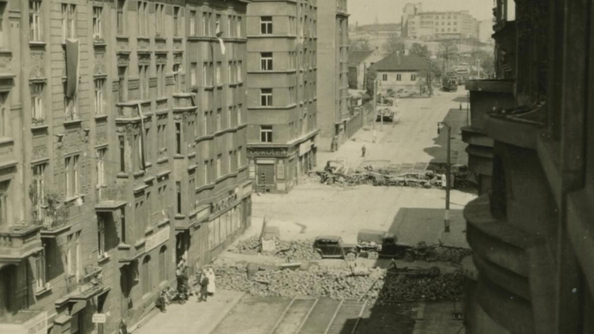 Dobový snímek Koněvovy ulice