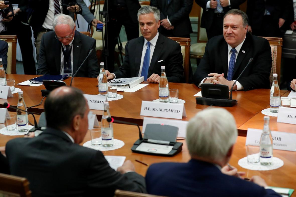 Jednání ministrů zahraničí Spojených států a Ruska