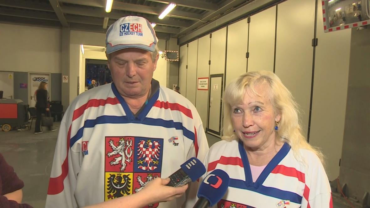 Manželé Dvorákovi se účastní už jednadvacátého šampionátu. letos poprvé jako dobrovolníci