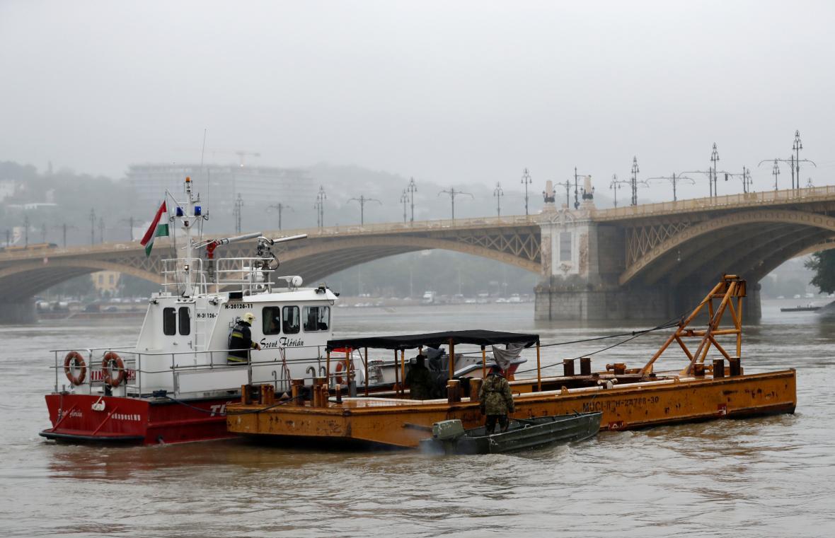 Záchranné práce na Dunaji