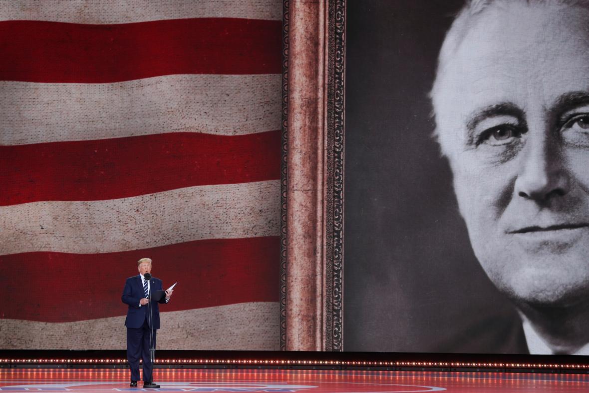 Donald Trump četl projev Roosevelta