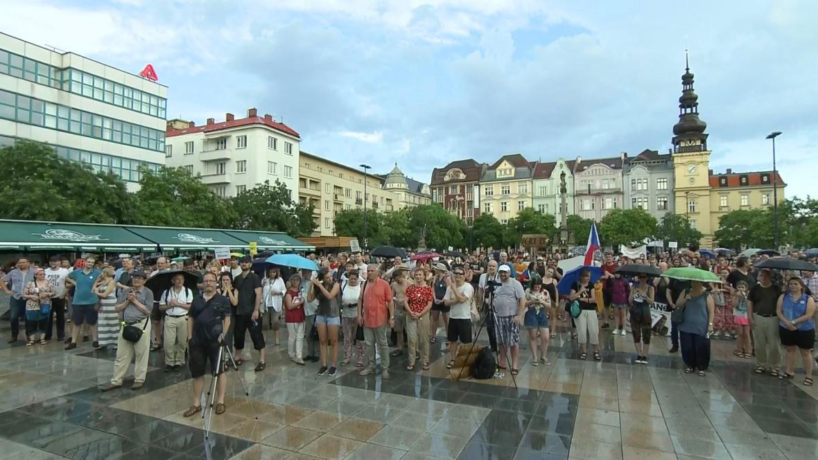 V Ostravě poznamenala protest nepřízeň počasí
