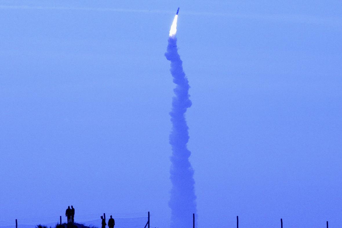Raketa M51 při testu v roce 2006