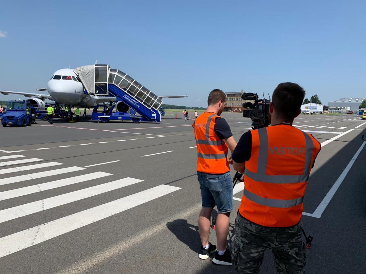 Ve středu už byl provoz na ostravském letišti bez omezení