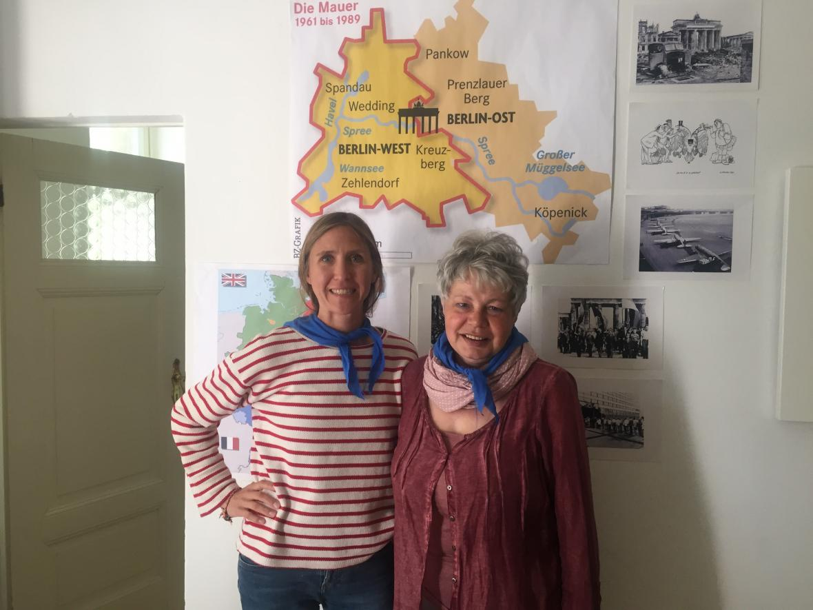 Valerie a Regina. Z jejich vyprávění o životě za berlínskou zdí mrazí