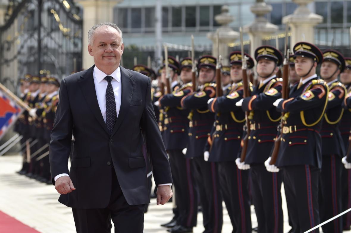 Andrej Kiska naposledy opouští sídlo slovenského prezidenta