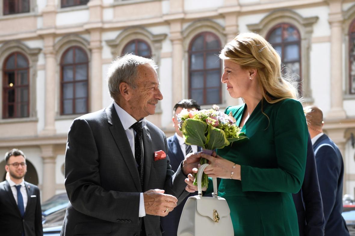 Zuzana Čaputová se setkala i s předsedou Senátu Jaroslavem Kuberou.