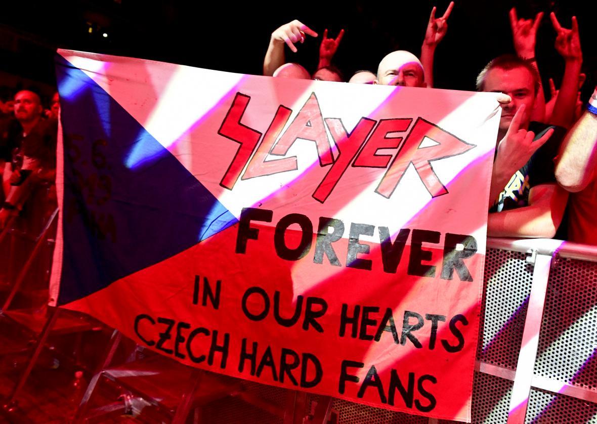 Čeští fanoušci kapely Slayer