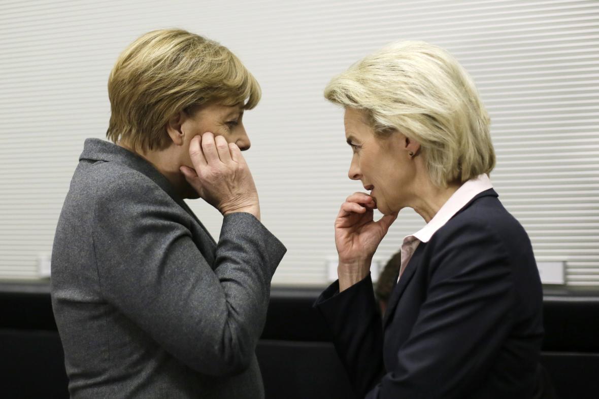 Německá kancléřka Angela Merkelová s Ursulou von der Leyenovou