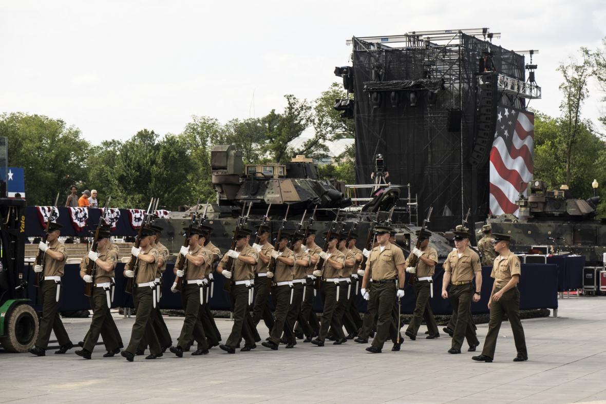 Tanky pro Trumpovu oslavu Dne nezávislosti
