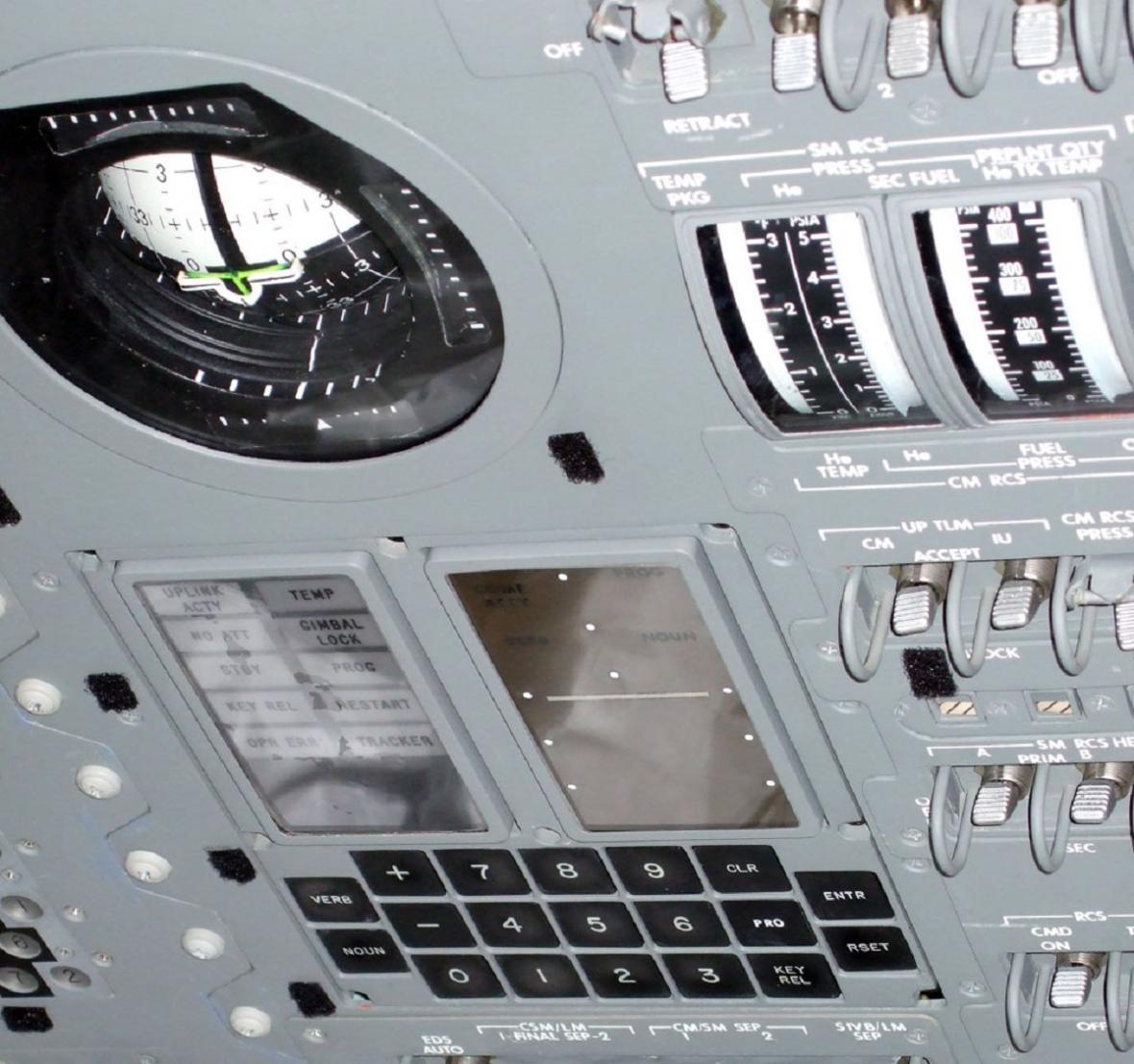 Počítač Apollo 11
