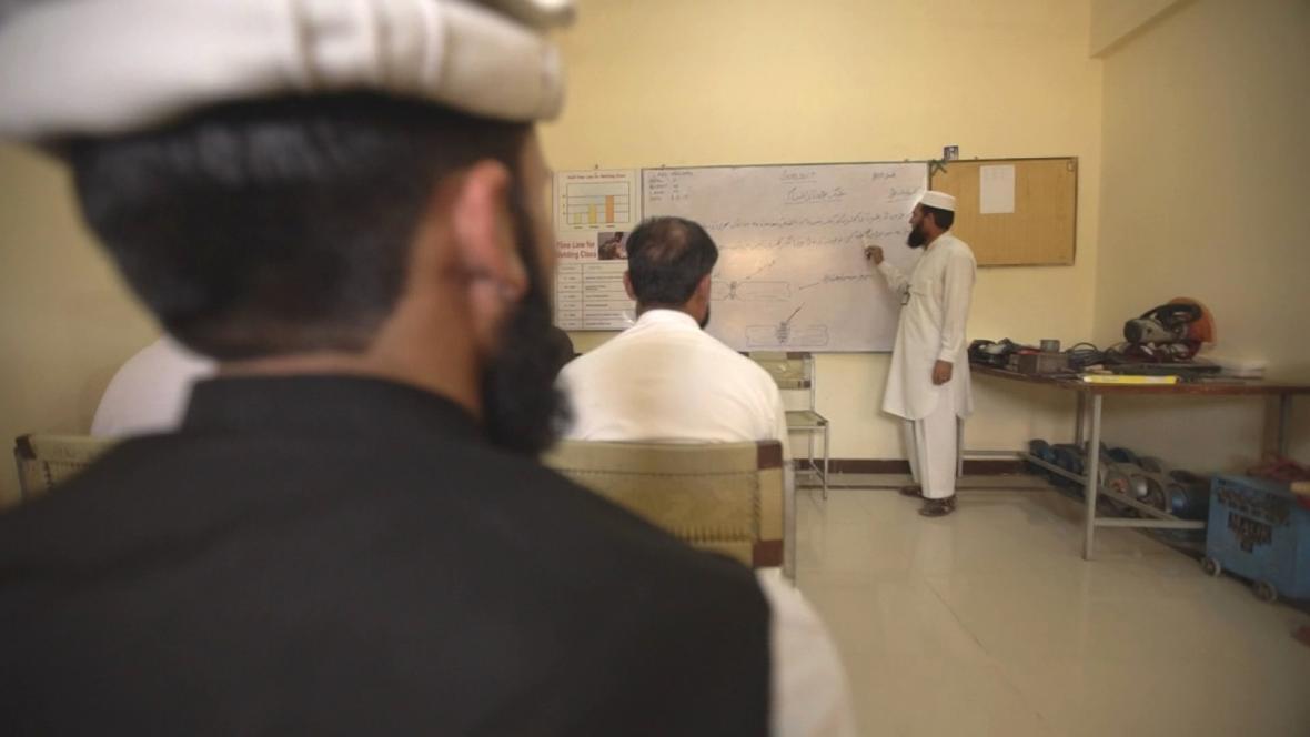 Pákistánská armáda ve svém centru převychovává bývalé bojovníky Talibanu