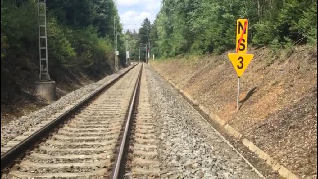 Značení u místa nehody vlaku