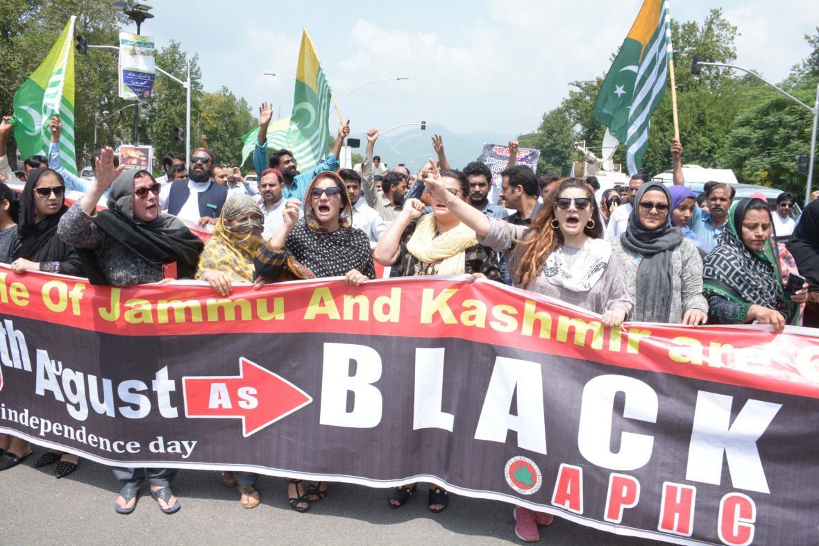 Pákistánci protestují v den výročí nezávislosti Indie