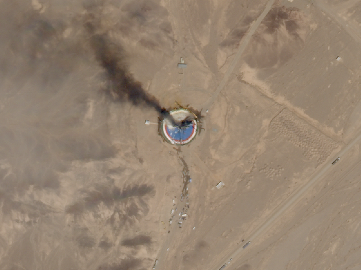 Snímek požáru íránského zařízení ze satelitu Planet Labs