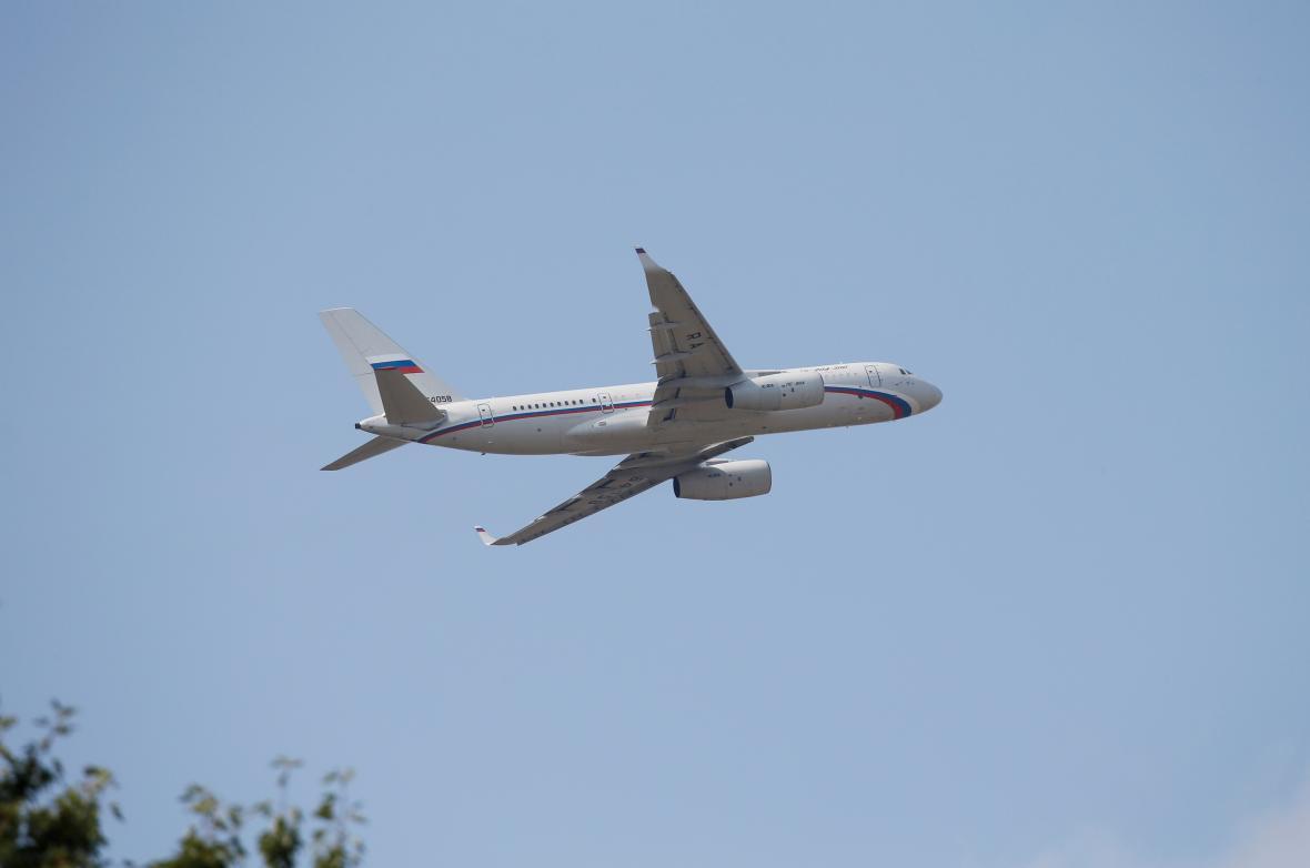 Ruský letoun po startu z kyjevského letiště Boryspil