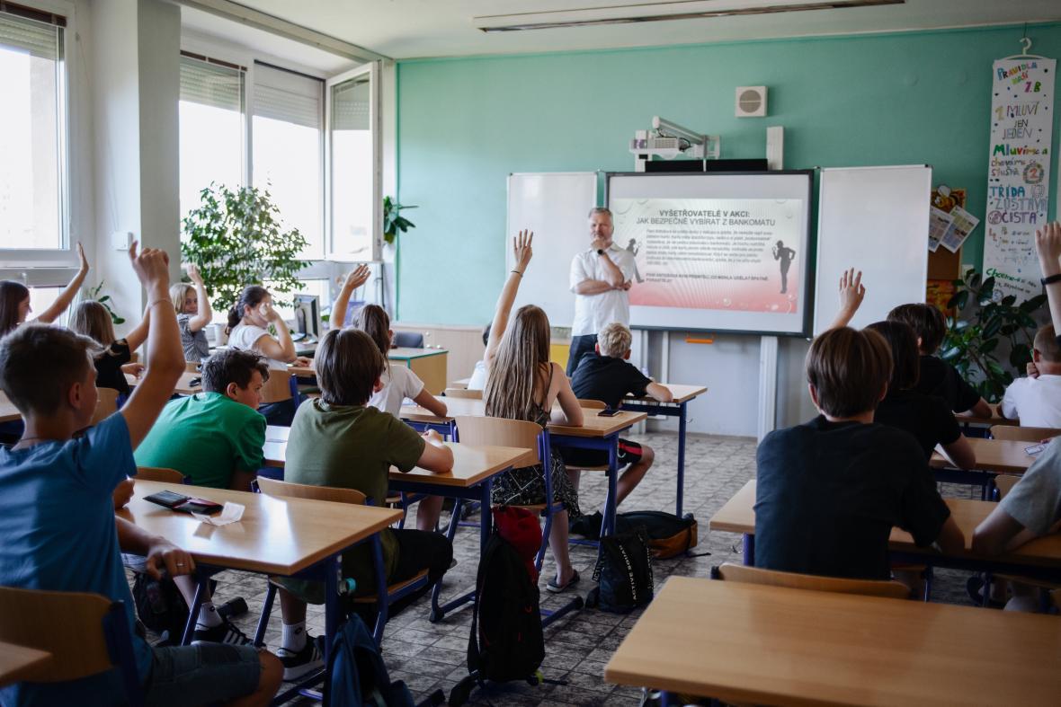 Projekt Bankéři do škol