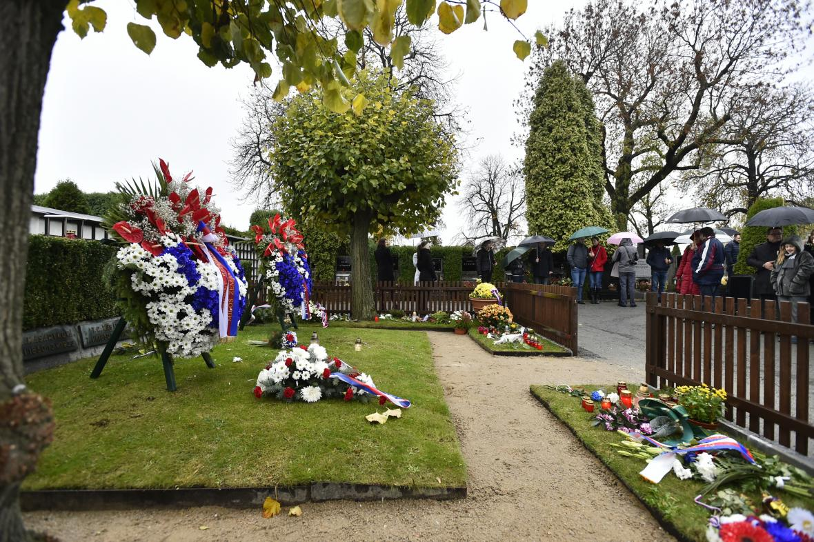 Hrob Tomáše Garrigua Masaryka v Lánech