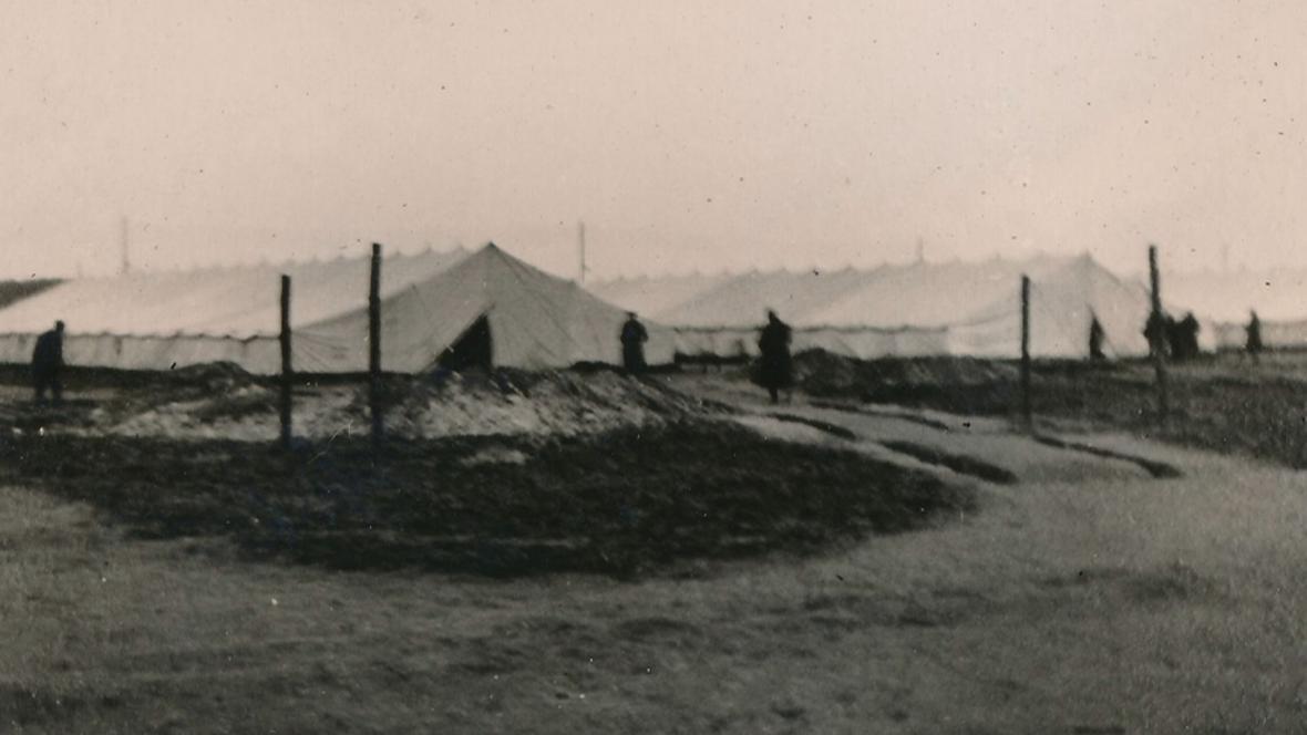 Tábor v v Elsterhorstu