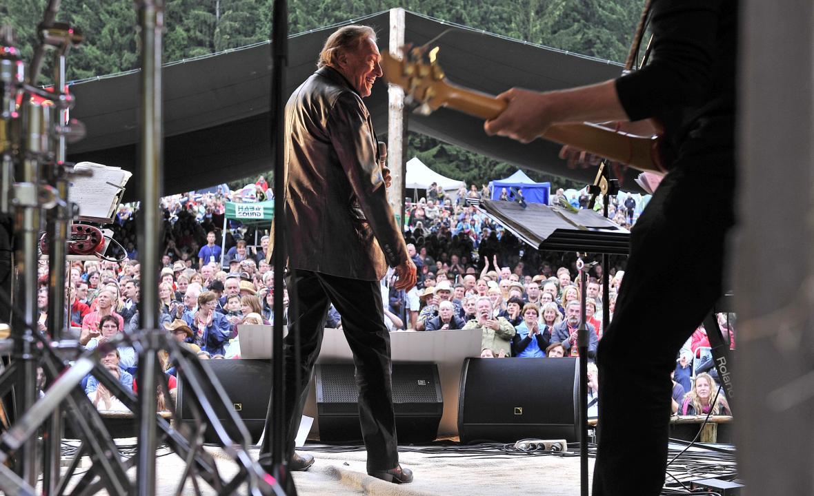 Gott bavil diváky i na trampském festivalu
