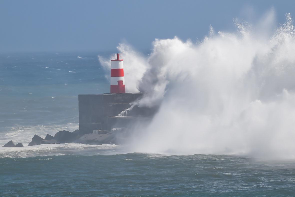 Hurikán Lorenzo řádil na Azorech