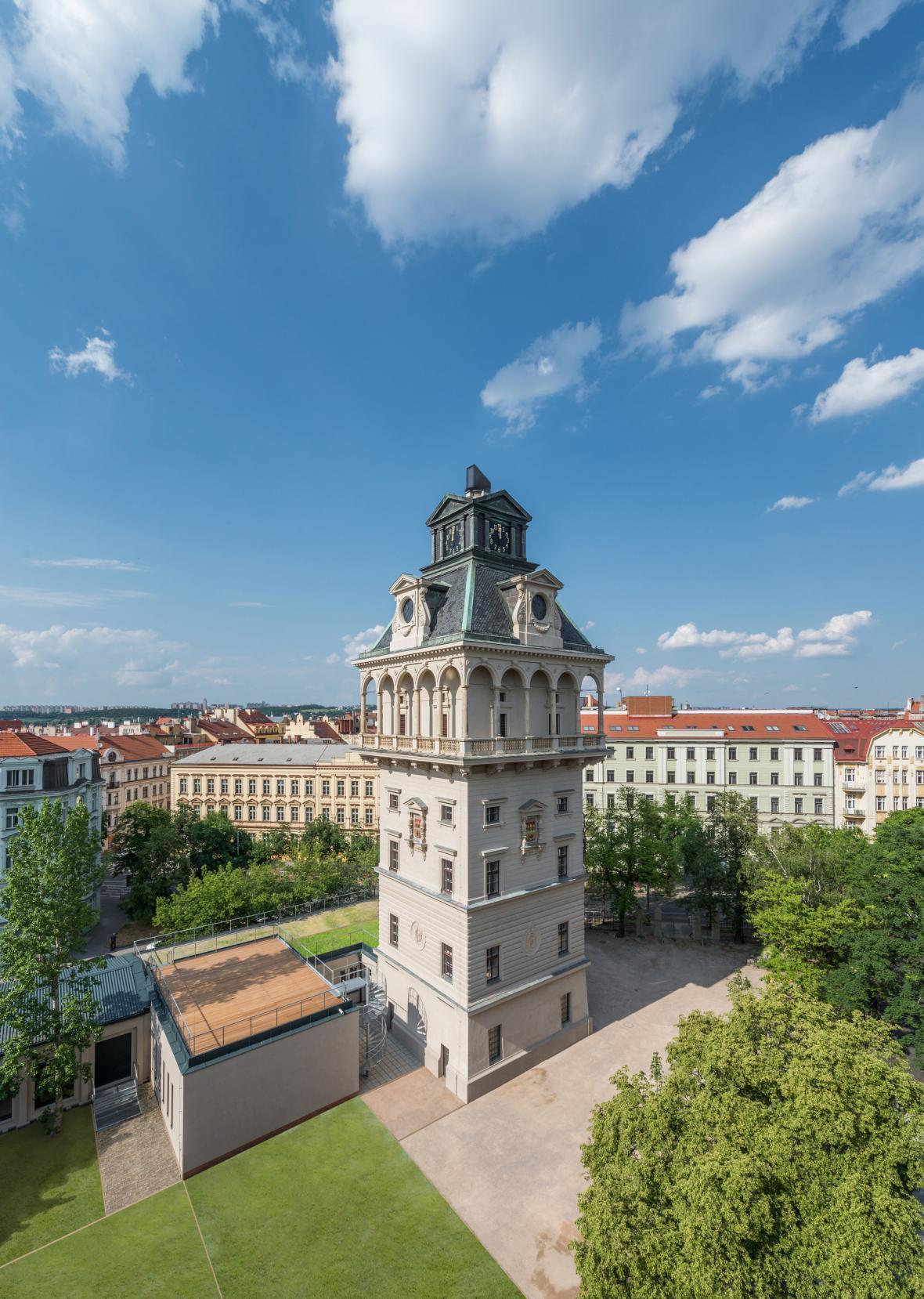 Vodárenská věž s observatoří v Praze
