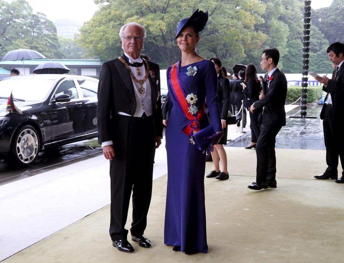 Švédský král Karel XVI. Gustav s princeznou Viktorií