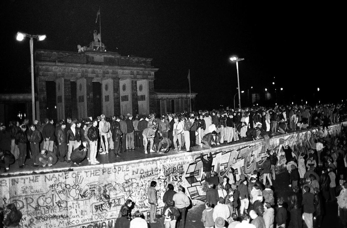 Pád Berlínské zdi 9. listopadu 1989