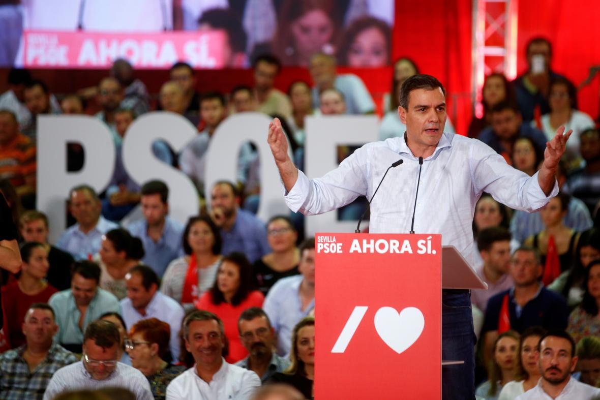 Pedro Sánchez na předvolební akci socialistů