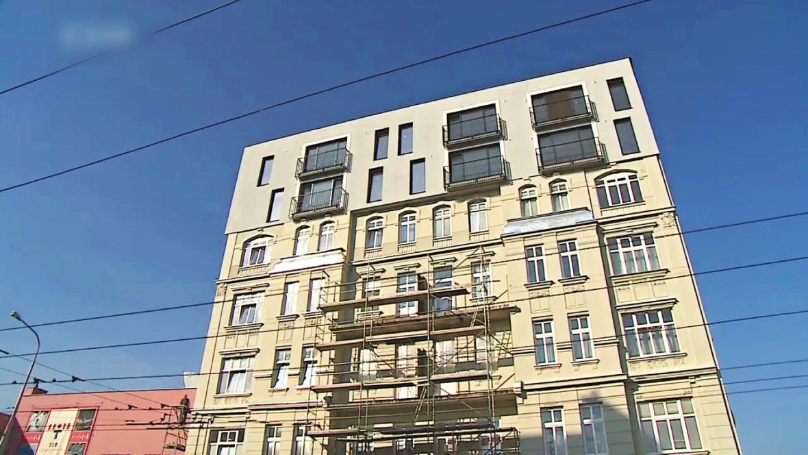 Nástavba na historickém domě v Křenové ulici