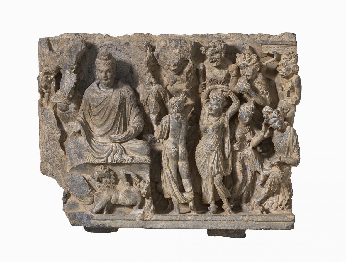 Márovy dcery pokoušejí Buddhu, Pákistán, 2.–4. století, Museum Rietberg Zürich