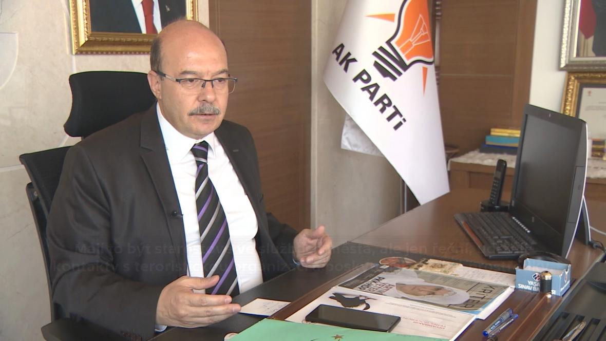 Předseda AKP v Diyarbakiru Süleyman Serdar Budak