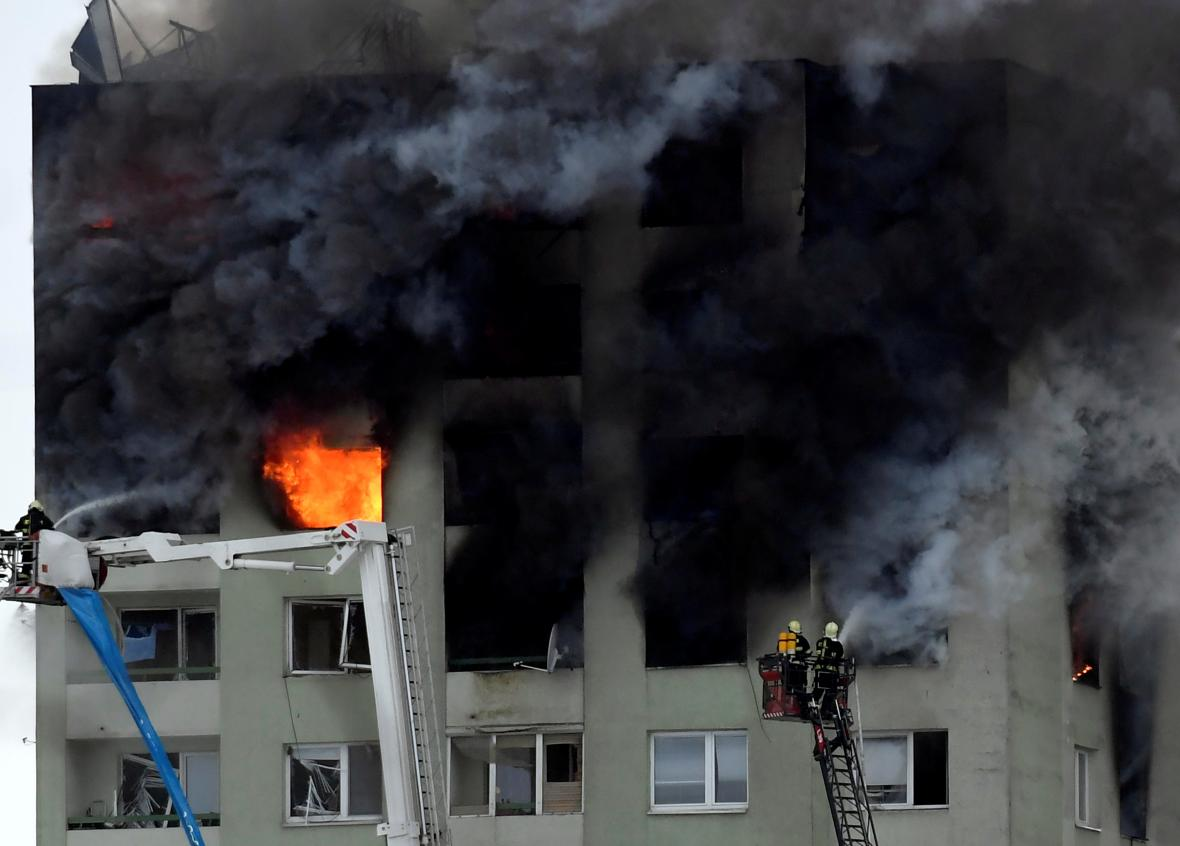 Požár panelového domu v Prešově