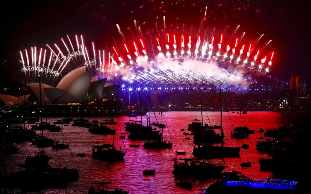 Ohňostroj v Sydney, kterým oslavovali příchod roku 2018