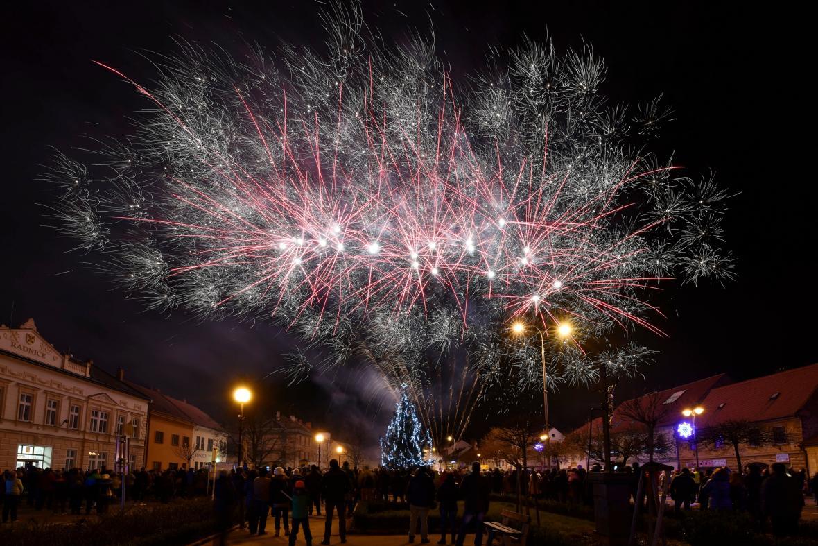 Silvestrovský ohňostroj v Letovicích na Blanensku