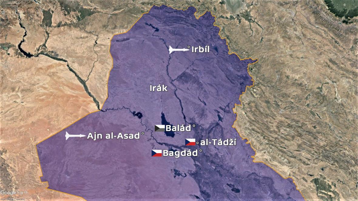 Mapa Iráku. Raketou označeny základny zasažené Íránem, vlajkami základny, kde působili nebo působí čeští vojáci